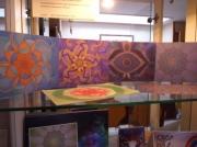 7 Chakra-kaarten in de vitrinekast